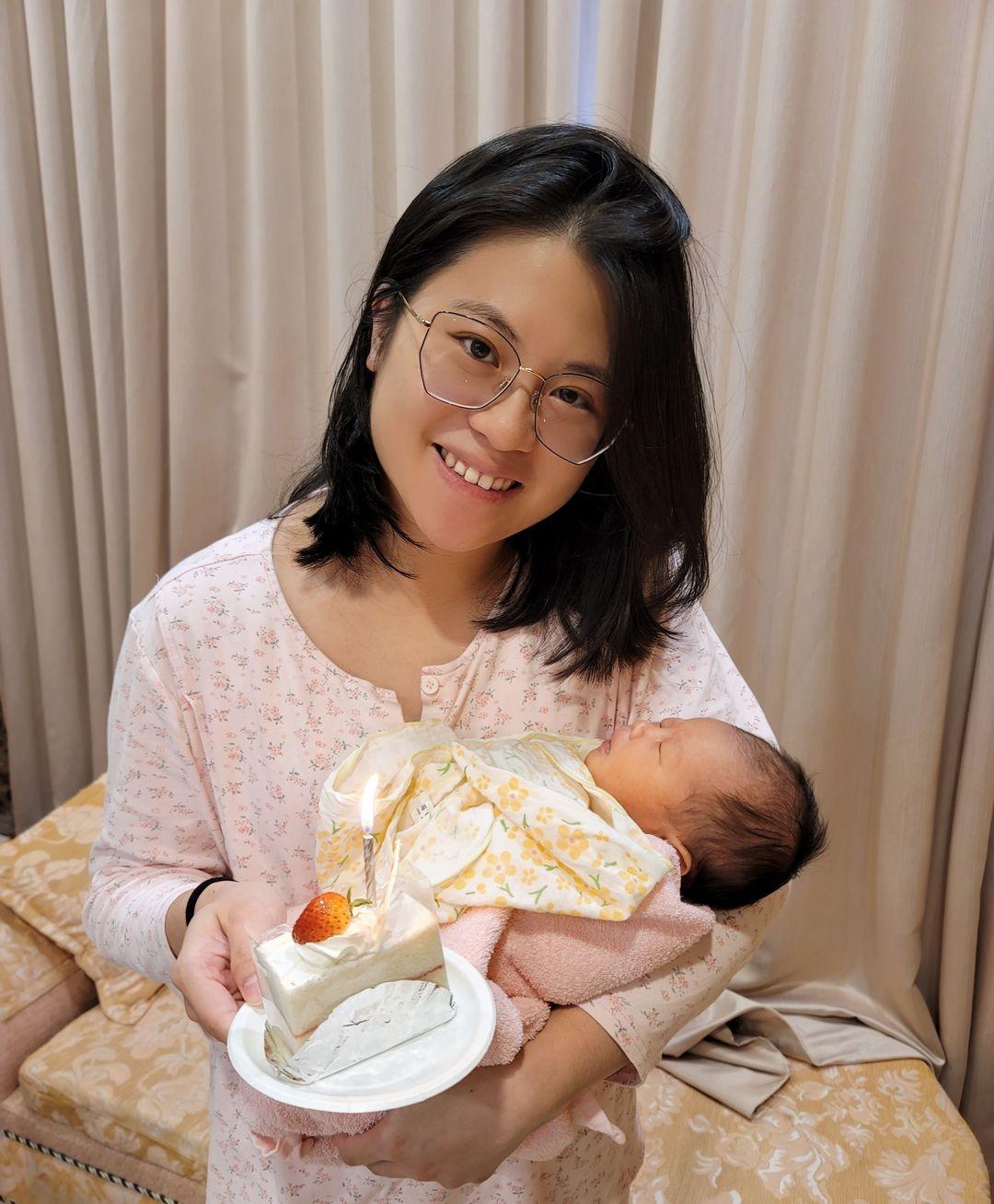 涵喻媽媽生日快樂!!